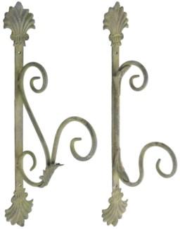 Aged Metal Green hooks ass. Aged Metal. 6,0x10,5x34,7/5,8x15,0x38,0cm. oq/12,mc/12 Pg.112
