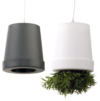 Upside down flowerpot ass. S. PP, non woven, foam, metal. 10,0x10,0x11,2cm. oq/12,mc/48 Pg.83