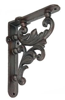 Leafy Bracket. Cast iron. 6.88x5.31x1.57inch.