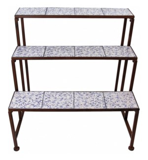Aged ceramic etagere. Ceramics, wrought iron. 66,5x54,0x66,6cm. oq/2,mc/1 Pg.135