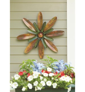 Flamed/Green Zinnia Wall Decor