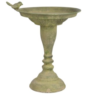 """Aged Metal Green standing bird bath. Aged Metal. 23,9x23,9x32,5cm. oq/6,mc/6 Pg.113"""
