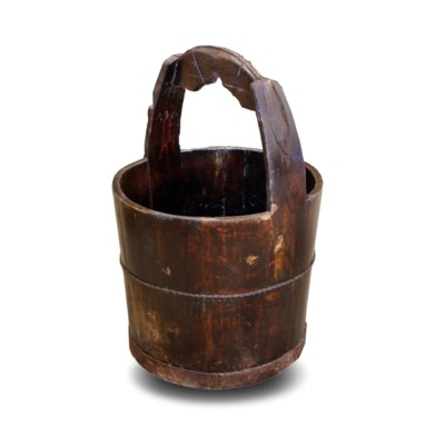 Antique Water Buckets with metal handle. Approx 15x23inch. Colour and sizer may vary.