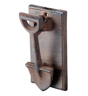 Doorknocker spade. Cast iron.