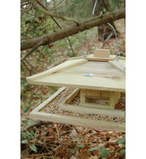 Japanese Birdfeeder. Pinewood.