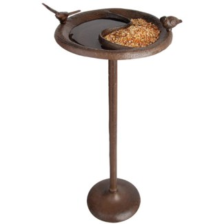 Bird bath/feeder on foot. Cast iron. 24,2x24,2x57,5cm. oq/4,mc/4 Pg.17 - FD