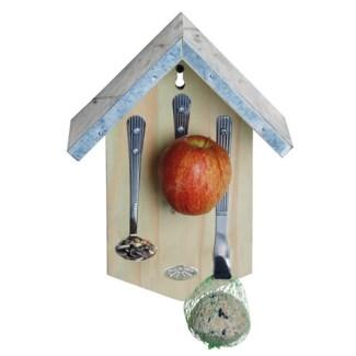 Cutlery birdfeeder. Pinewood, zinc, metal. 21,0x10,0x27,8cm. oq/6,mc/24 Pg.10