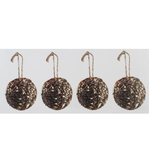 Bird sunflowerseed balls