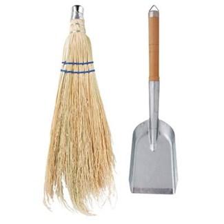 Fire place shovel and brush. Zinc, chinese cherry wood, corn. 18,0x3,9x44,0cm. oq/6,mc/24 Pg.32