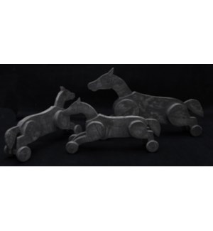 Wd Gray Wash Horse Set