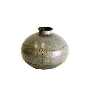 """""""Vintage Iron Pot, OS"""""""