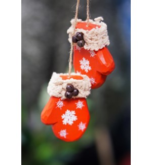 Cozy Mittens Ornament, Wood, 2.1x1.8x2.8 Inch