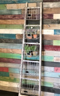 Wooden Ladder w/5 metal shelves, Rustic White 72.8x16.5x10 inches