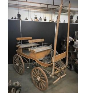 SWEDISH 1900 HORSE CARRIAGE