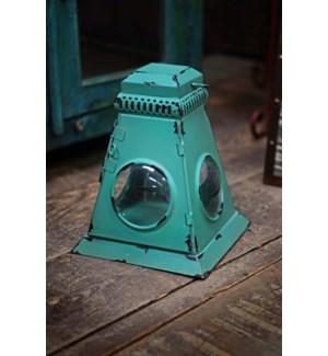 Lantern, Green, 8x8x11 inches