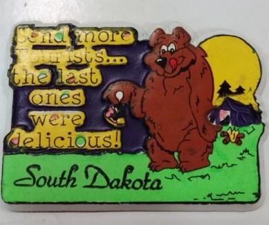 SD Magnet Bear Tourist