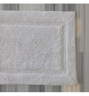 Luxury - Bath Rug - White