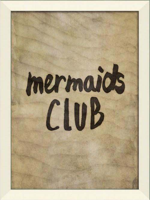 LN Mermaids Club on sand sm