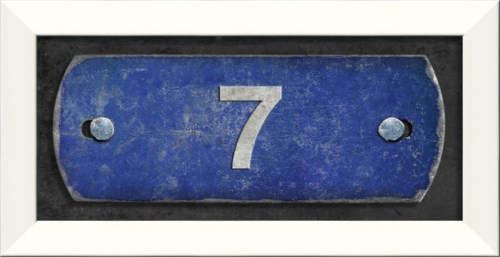 LN Number 7 on blue