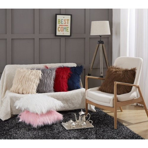 ACCENT PILLOWS, THROWS & RUGS