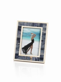 Easels and Frames
