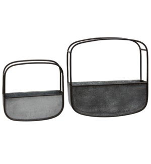 Set of 2 Metal Wall Baskets   16 in X 16in & 12in X 12in