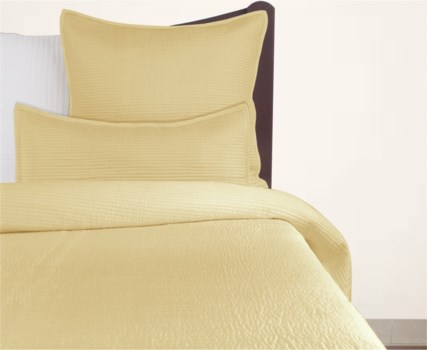 Cole-Queen-Quilt-Gold