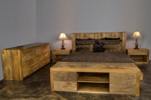 Pavilion King Bed