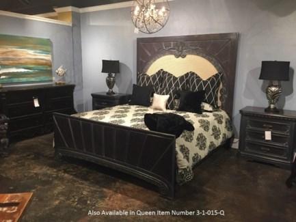 Crown Queen Bed