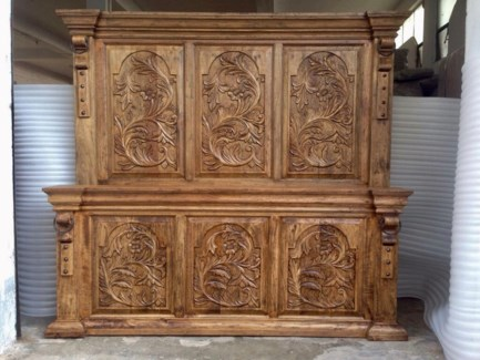 Amer Carved Bed-Queen