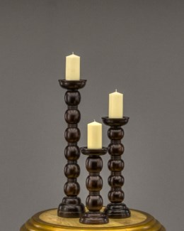Leo Candle Stand