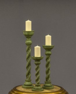 Tarus Candle Stand