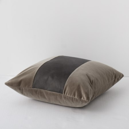 Throw Pillow - 56 x 56, Vadit Chocolate Body