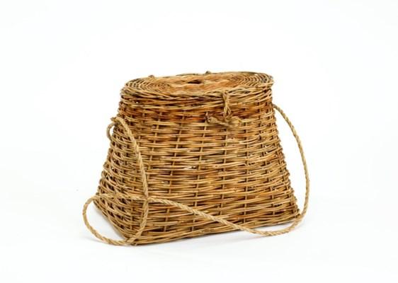 Cottage Fishing Creel Basket