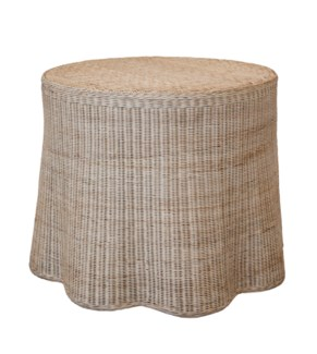 Center Scallop Round Table