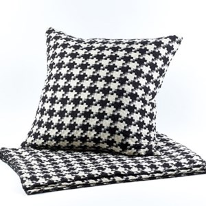 le chic houndstooth