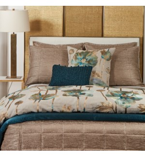 stria quilted coverlet
