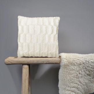 Fur Ivory Cushion Bc 18x18 24b
