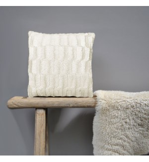 Fur Ivory Cushion Bc 18x18 24b