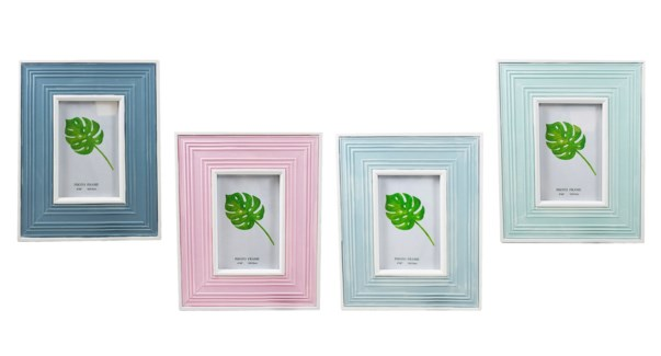 Wooden Photo Frame 21x26x1,5- 4x6 - 12B