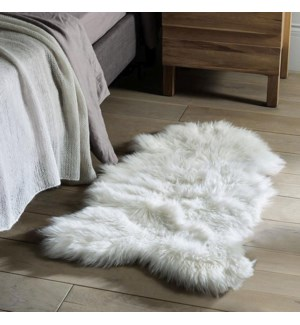TAPIS EN PEAU DE MOUTON SYNTHETIQUE 24x35 24B