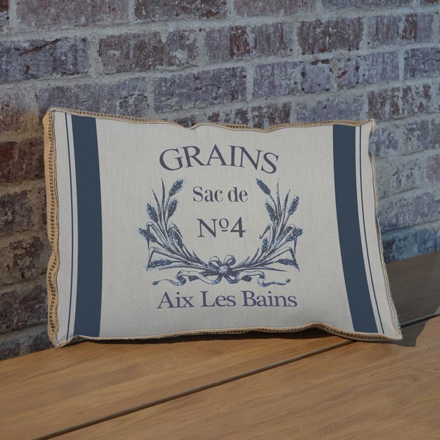 Grain Sac pillow