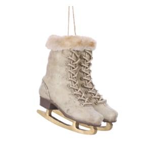 "Ornament skates cream - 6.5x4.75x7"""