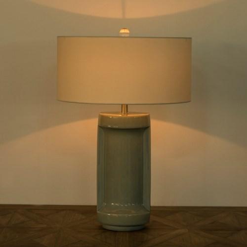 Ming Ceramic Lamp - Sky Crackle Blue / 120v US