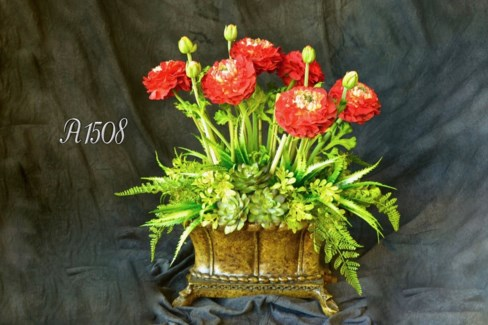RED RANUNCULUS AND SUCCULENT CENTERPIECE