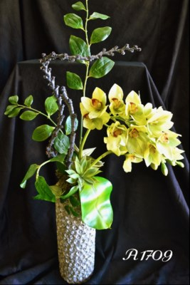 LADDER STICKS & ORCHID CENTERPIECE