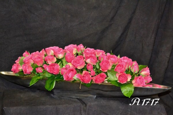 SILVER BOAT WITH ROSES