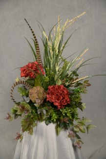 HYDRANGEA & SPIKE FLOWER TILE TOPPER