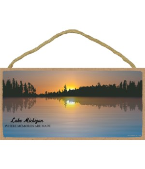 Lake with sunrise (scenic image with opt