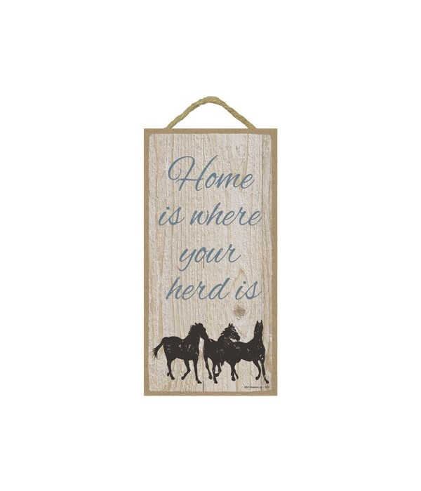 Home is where your herd is (3 horses) (v